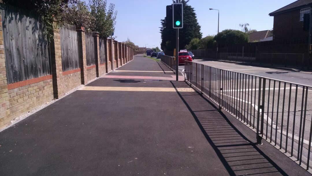 Somnes Avenue cycle scheme